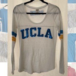 PINK UCLA Longsleeve